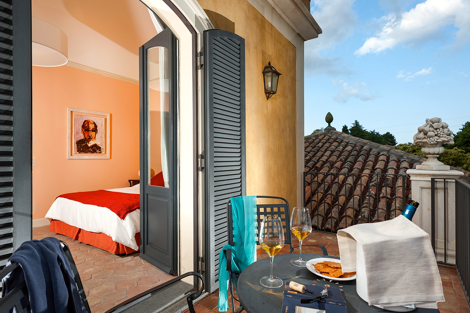 Luxury stay in sicily barone di villagrande review for Luxury stays